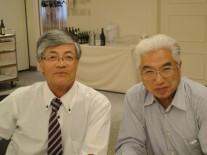 新会長の武井さん(右・高14回)と松村市議(高17回)