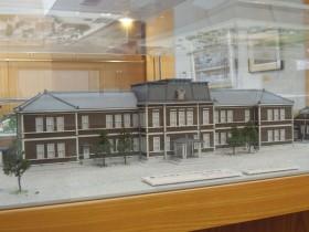 創立当初からの木造校舎(昭和28年(1953年)3月焼失)