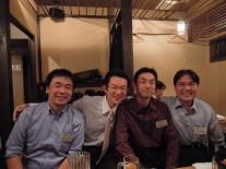 左から吉田、冨山、柏崎、田村さん