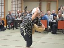 安来節を踊る中村さん
