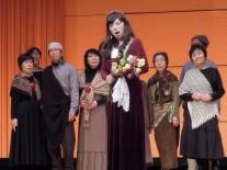 デズデモナを演じる家田紀子