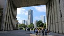 7. ナビオス横浜から見るランドマークタワー