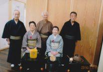 左から高橋さん、谷内さん、野口さん