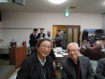 芭蕉像制作者麦倉さん(高6回)と日向会長