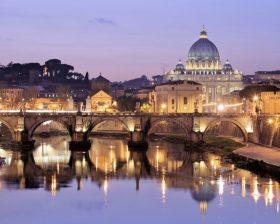 サンタンジェロ橋からバチカン市国を望む夕景