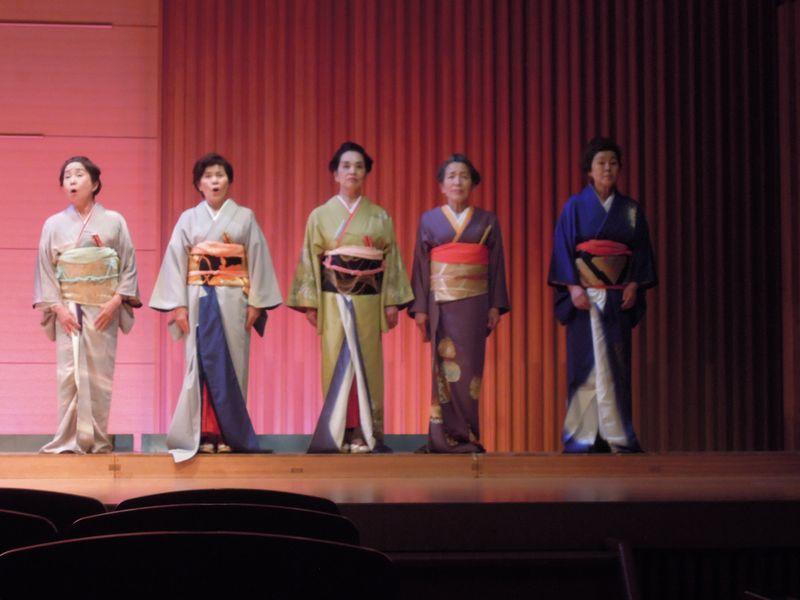 素晴らしい歌声のポンテ・ノーリオペラ合唱団5人組