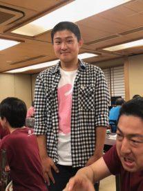 現役で早稲田大学に合格し、早稲田大学応援団に入団した渡辺来夢君(高70回)