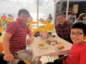 プライア・ファルモッサで昼食